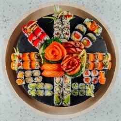 80 gb, 4 nigiri, 8 sashimi (set 60.)